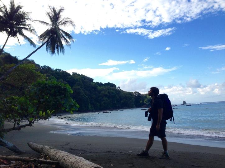 plage déserte dans le Corcovado