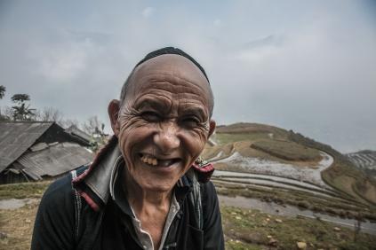 Hmong noir, souriant à Jérome!
